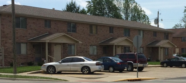 Chateau Apartments- 1 and 2 Bedroom Apartments, Appliances Included, Electric Only, Water/Sewage Provided, On-Site Laundry Facility, NO PETS.  1 Bedrooms=$450/Month and $450 Security Deposit  2 Bedrooms=$550/Month and $550 Security Deposit * Click here for more photos!