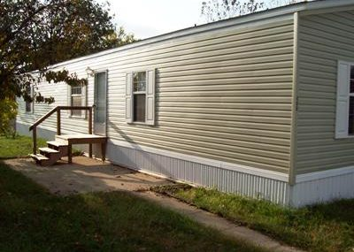 406 Locust Court- St. Paul 2007 Giles 14×70 3 bedroom, 2 bath, vinyl siding, vinyl windows, shingle roof, new paint, new carpet, central air, brand new appliances included, total electric $25,900 with $2,000 down $340/month @ 12% for approx. 122 months