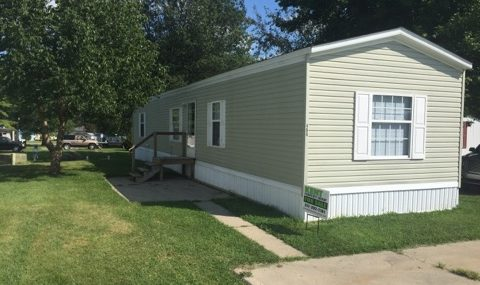 ***FALL SPECIAL***406 Locust Court- St. Paul 2007 Giles 14×70 3 bedroom, 2 bath, vinyl siding, vinyl windows, shingle roof, new paint, new carpet, central air, brand new appliances included, total electric $24,500 with $500 down $340/month @ 12% for approx. 123 months